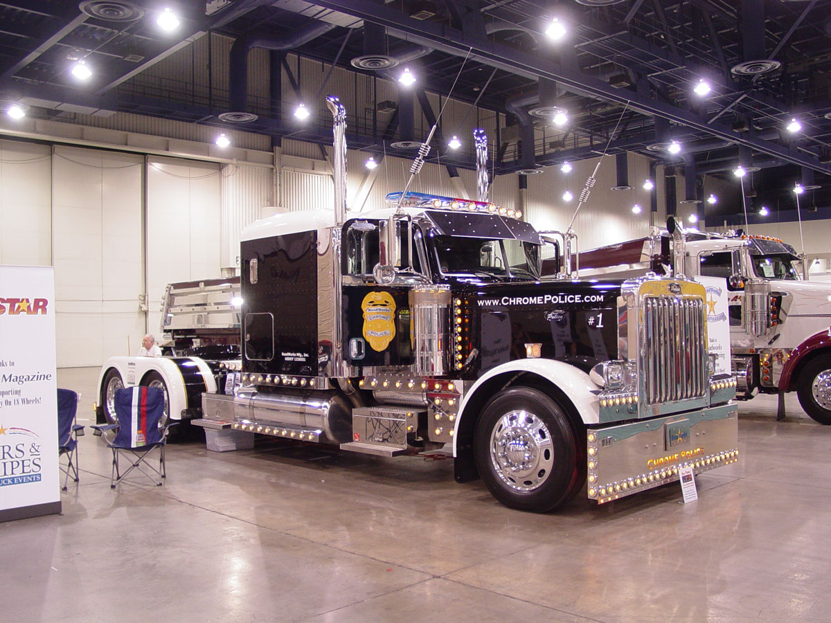 the truck show chrome police. Black Bedroom Furniture Sets. Home Design Ideas